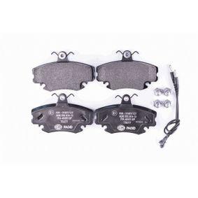 8DB355018131 Bremsbelagsatz, Scheibenbremse HELLA 8256D1146 - Große Auswahl - stark reduziert