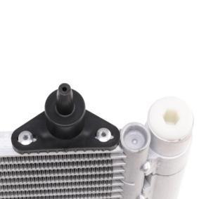 818171 Condenseur, climatisation VALEO - Produits de marque bon marché