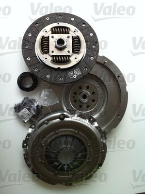 Audi A6 2015 Clutch kit VALEO 835027: Conversion from dual-mass flywheel to single-mass flywheel, with clutch pressure plate, with clutch plate, with clutch release bearing, with flywheel