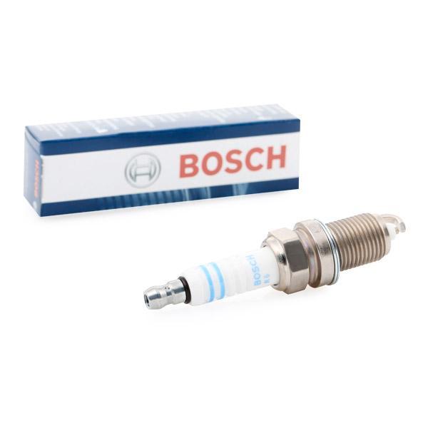 BOSCH: Original Zündkerzensatz 0 242 229 699 (E.A.: 0,9mm)