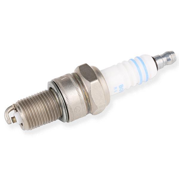 Car spare parts ALFA ROMEO 6 1986: Spark Plug BOSCH 0 242 235 663 at a discount — buy now!