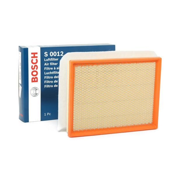 Zracni filter F 026 400 012 z izjemnim razmerjem med BOSCH ceno in zmogljivostjo