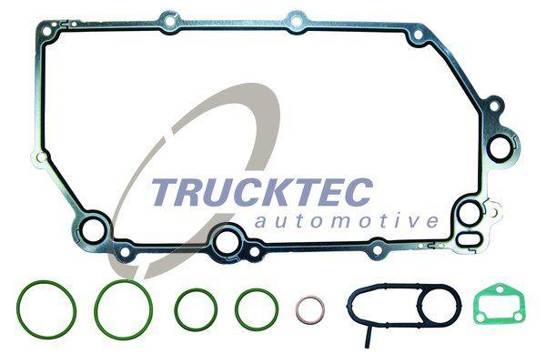 TRUCKTEC AUTOMOTIVE Packningssats, oljekylare 04.18.029 till VOLVO:köp dem online