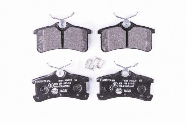 Getriebe Ölkühler HELLA 8MO 376 745-521