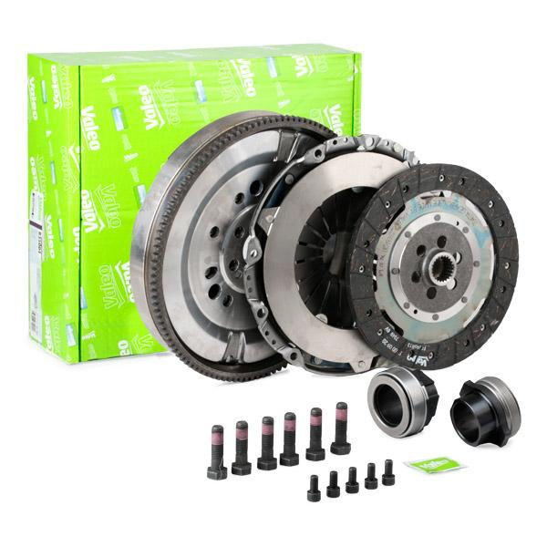 BMW 1 Series 2014 Clutch kit VALEO 837108: for engines with dual-mass flywheel, with clutch pressure plate, with clutch plate, with clutch release bearing, with flywheel, with screw set
