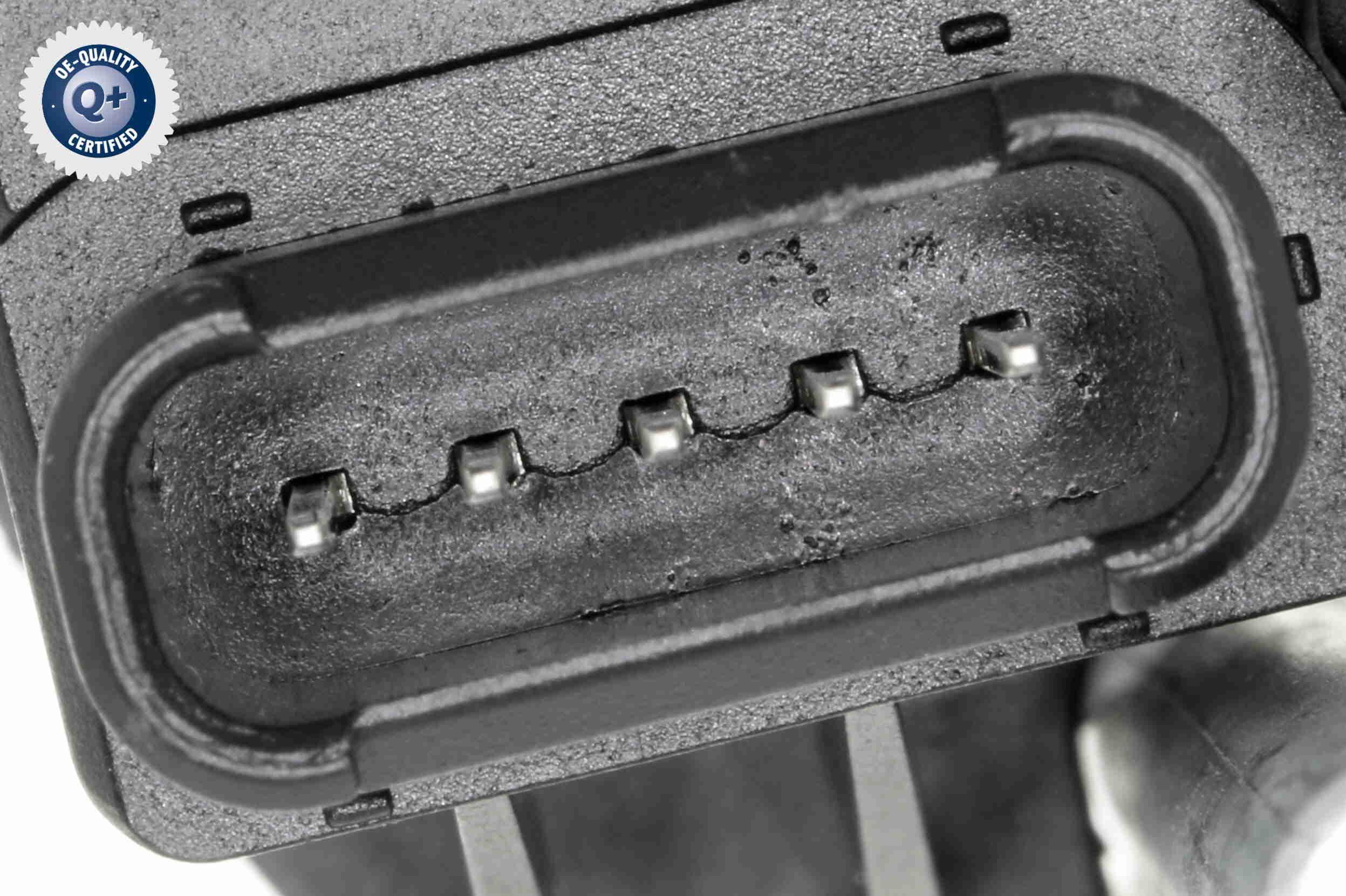 Getriebe Ölkühler VEMO V30-60-1337