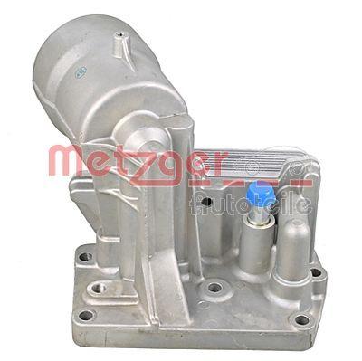 Achetez Boîtier de filtre à huile METZGER 2370025 () à un rapport qualité-prix exceptionnel