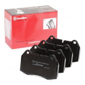 Brake Pad Set, disc brake P 06 018 for BMW 8 (E31) at a discount — buy now!