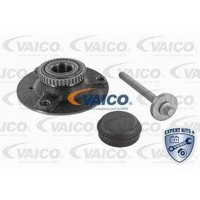 Wheel Bearing Kit V30-1390 for SMART FORTWO Coupe (450) — get your deal now!