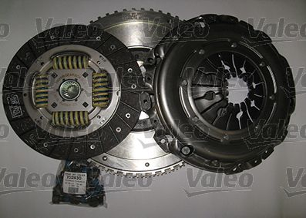 Köp VALEO 835081 - Tuning till Volvo: Ombyggnad från dubbelmassesvänghjul till enkelmassesvänghjul, CONVERSION KIT, med tryckplatta, utan urtrampningsmekanism, med lamell, med svänghjul