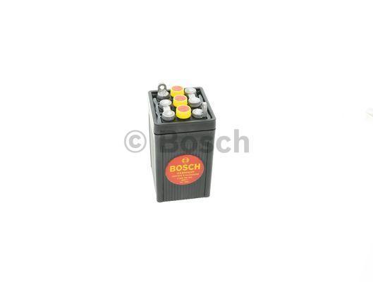 Starterbatteri F 026 T02 300 med en rabat — køb nu!