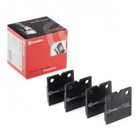 Achat de D9717872 BREMBO Kit de plaquettes de frein, disque de frein de stationnement P 02 001 pas chères