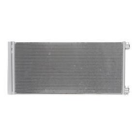 Opel Vivaro//Trafic//talento//NV300 aire con radiador Marca nuevo Condensador