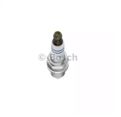 Купете FR7KII332S BOSCH разст. м-ду електродите: 0,7мм Запалителна свещ 0 242 236 668 евтино