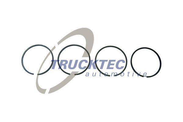 TRUCKTEC AUTOMOTIVE Kolvringsats 01.43.226 till MAN:köp dem online