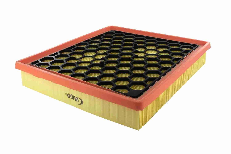 Zracni filter V40-0404 z izjemnim razmerjem med VAICO ceno in zmogljivostjo