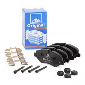 Kit de plaquettes de frein, frein à disque 13.0460-4826.2 VW CRAFTER à prix réduit — achetez maintenant!