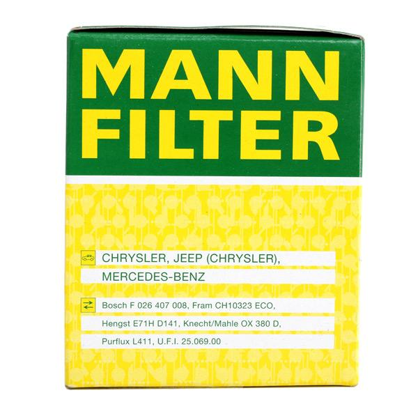 HU 821 x Motorölfilter MANN-FILTER in Original Qualität
