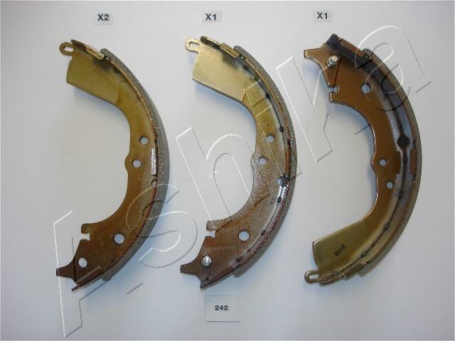 OE Original Bremsbeläge für Trommelbremsen 55-02-242 ASHIKA