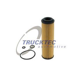 Filtre à huile 02.18.040 TRUCKTEC AUTOMOTIVE Paiement sécurisé — seulement des pièces neuves