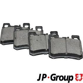 комплект спирачно феродо, дискови спирачки 1363702110 с добро JP GROUP съотношение цена-качество