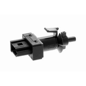 köp VEMO Kontakt, kopplingsstyrning (motorstyrning) V30-73-0142 när du vill