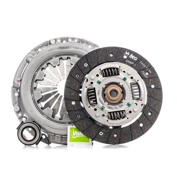 Comprare 826522 VALEO KIT3P con spingidisco frizione, con disco frizione, con cuscinetto disinnesto Kit frizione 826522 poco costoso