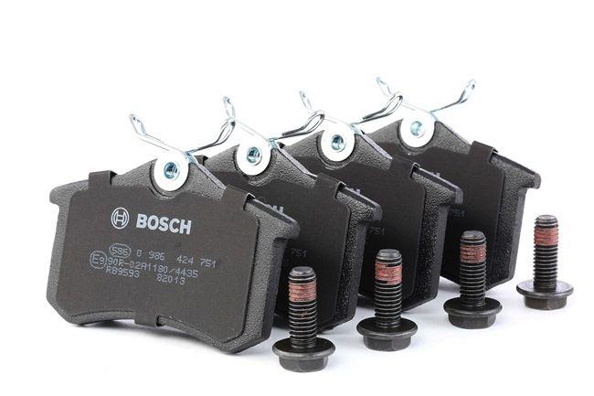 BOSCH Kit de plaquettes de frein, frein à disque 0 986 424 751