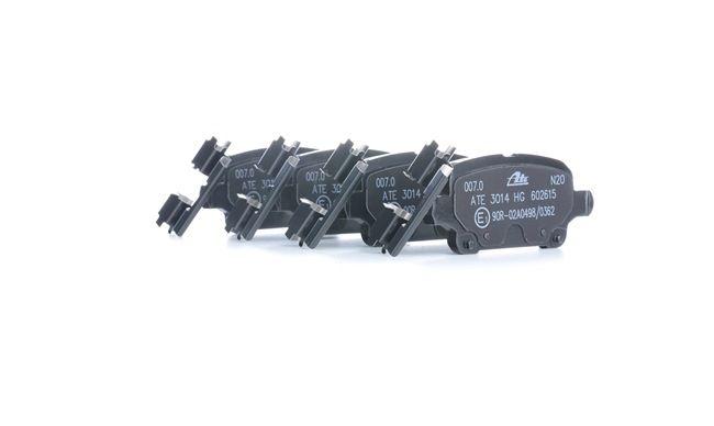 Bremsbelagsatz Scheibenbremse für Bremsanlage Hinterachse TRISCAN 8110 24893
