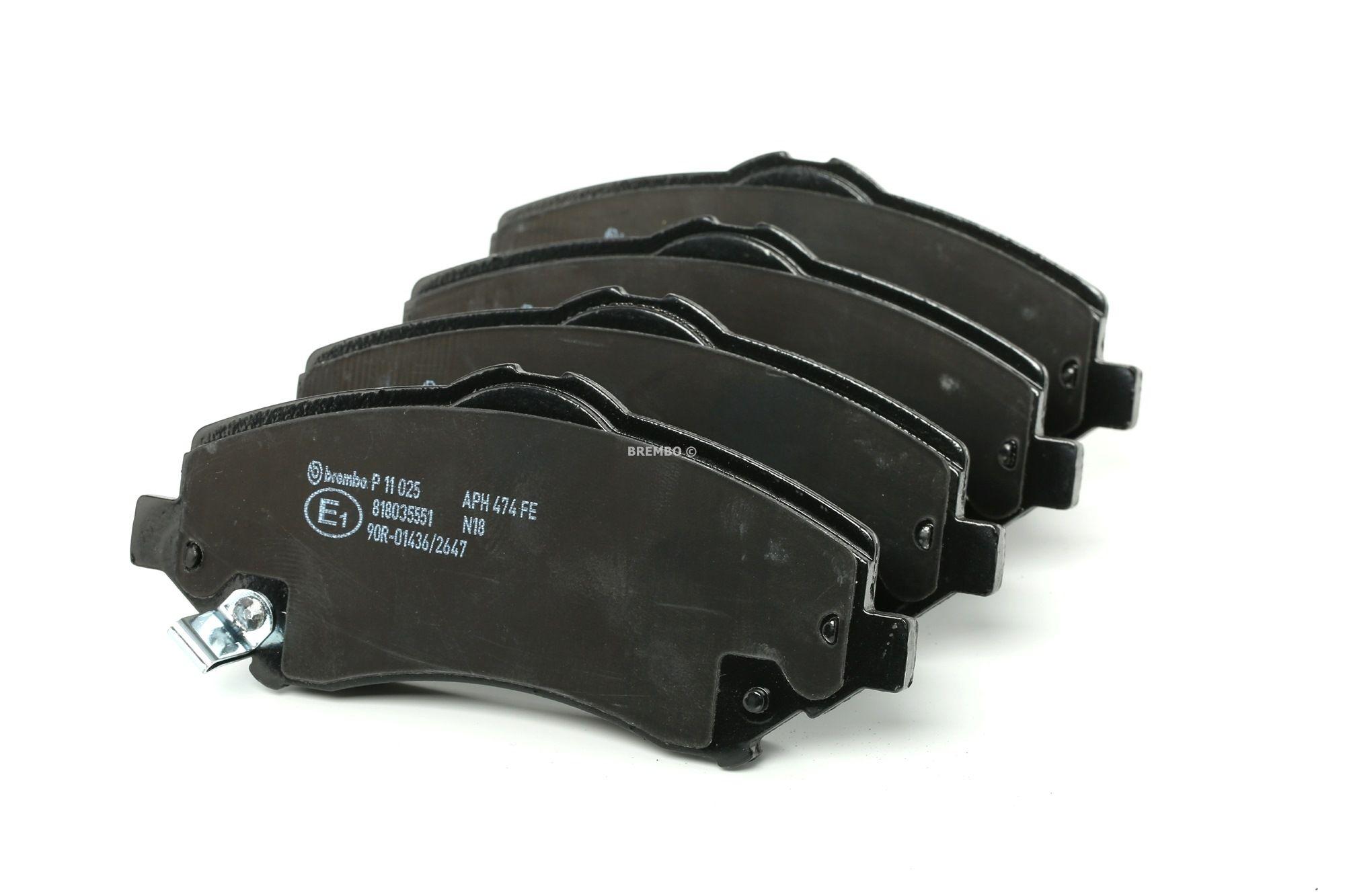 DODGE JOURNEY 2020 Bremsbelagsatz - Original BREMBO P 11 025 Höhe: 63,4mm, Breite: 146,6mm, Dicke/Stärke: 18,5mm