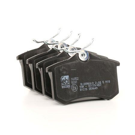 Bremsbelagsatz, Scheibenbremse 16052 — aktuelle Top OE 8E0698451L Ersatzteile-Angebote