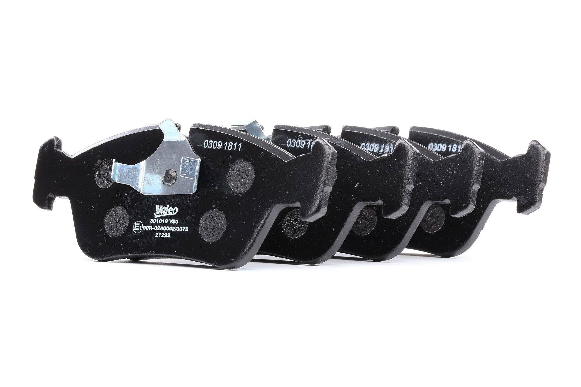 Bremsbelagsatz BMW E36 Compact hinten + vorne 2000 - VALEO 301018 (Höhe: 57,7mm, Breite: 151,5mm, Dicke/Stärke: 17mm)