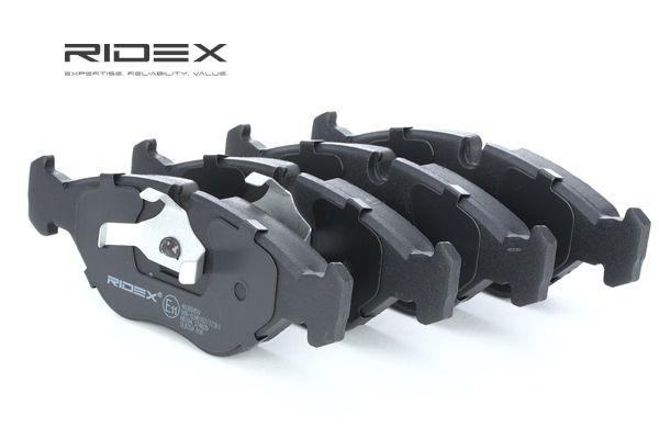 ostke ja asendage Piduriklotsi komplekt, ketaspidur RIDEX 402B0450