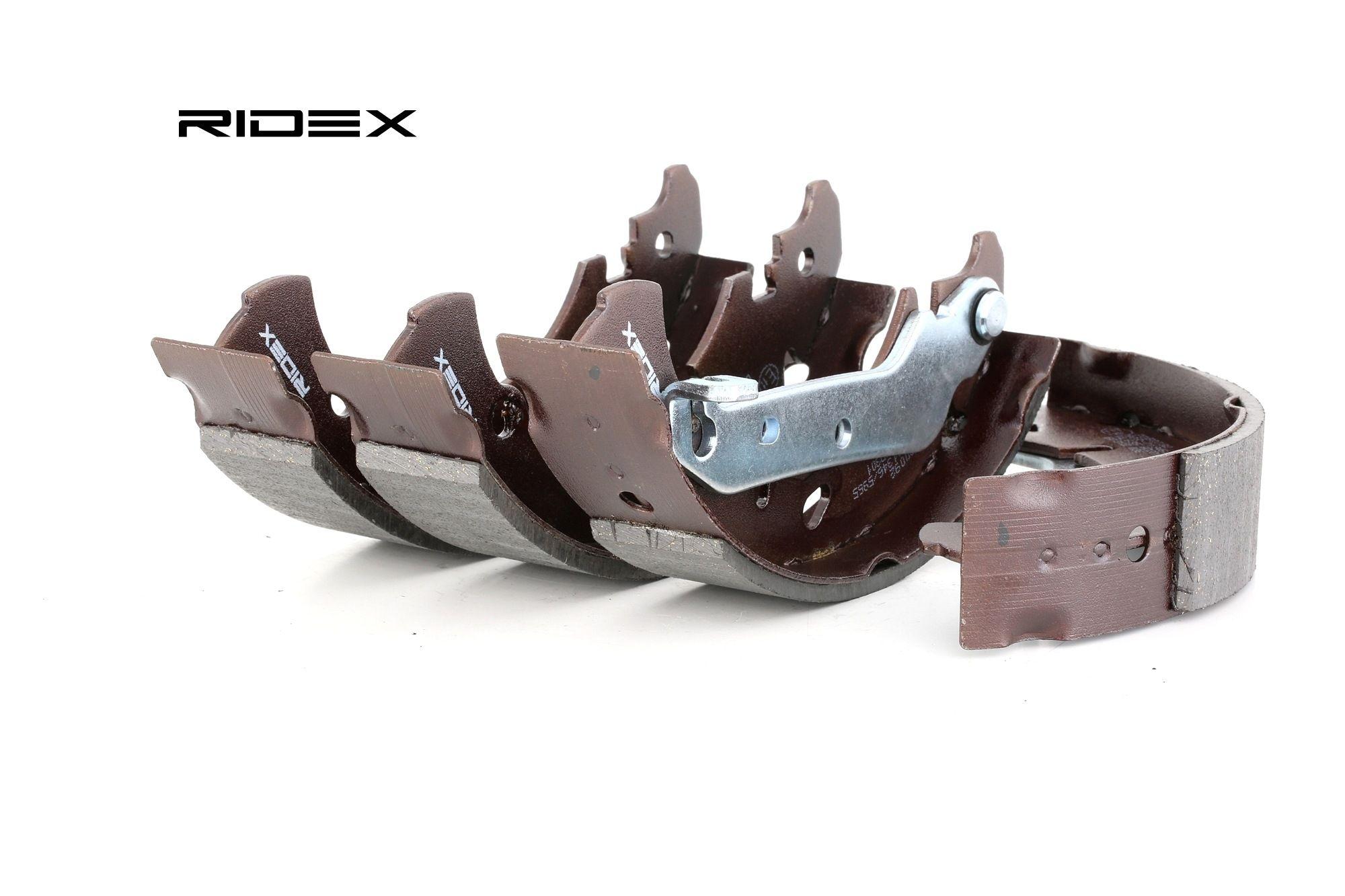 RIDEX: Original Trommelbremse 70B0092 (Breite: 38mm)
