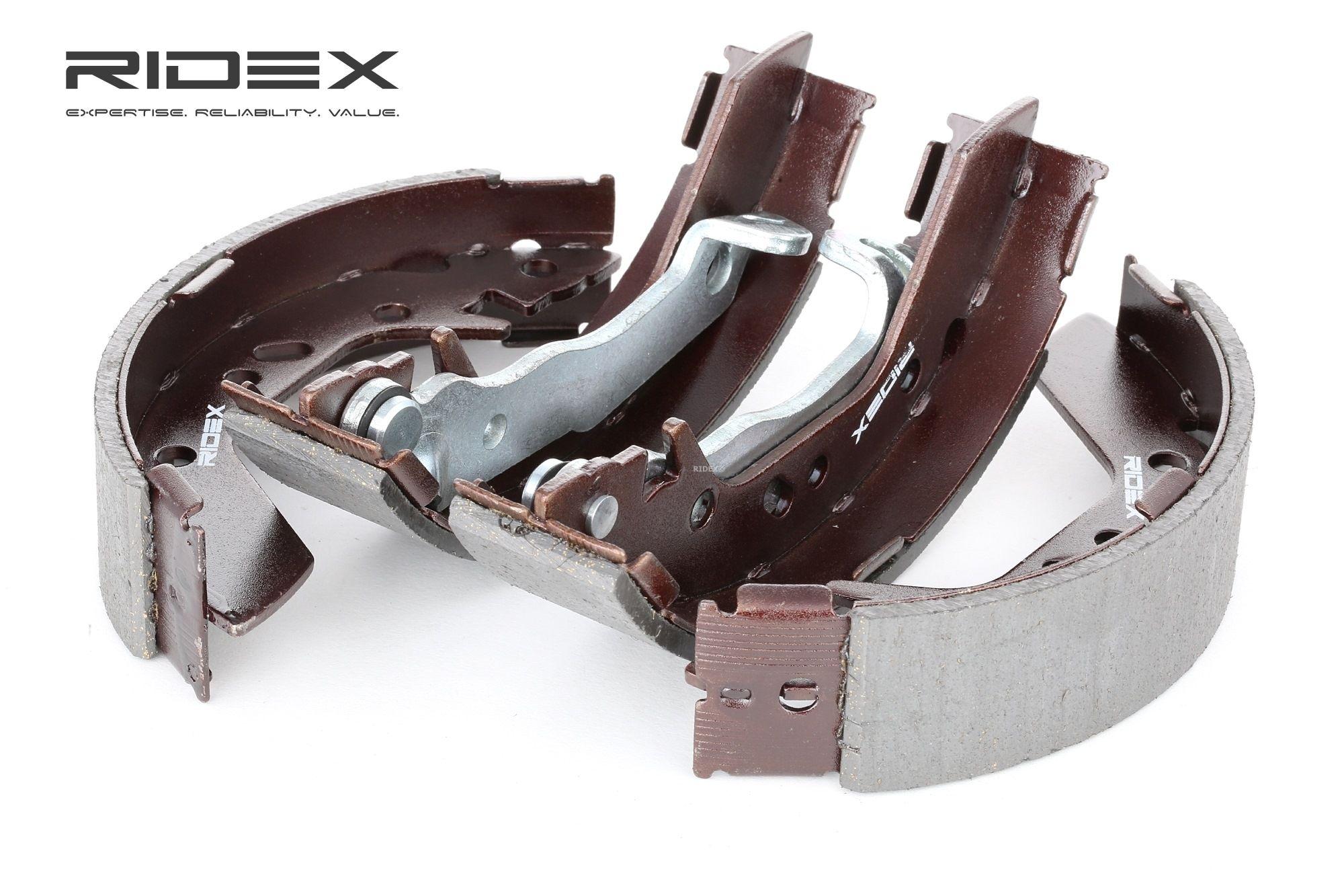 RIDEX: Original Trommelbremsbacken 70B0118 (Breite: 36,5mm)