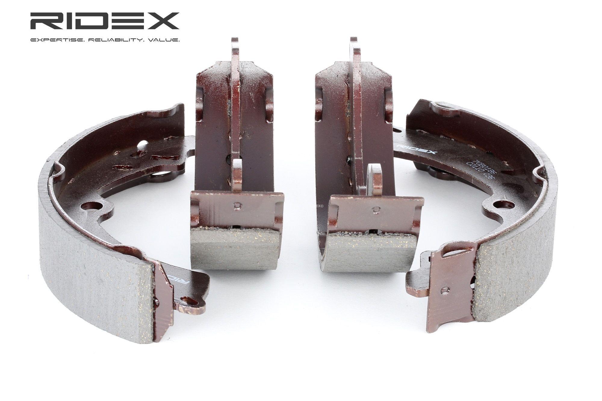 RIDEX: Original Bremsklötze für Trommelbremse 70B0186 (Breite: 40mm)