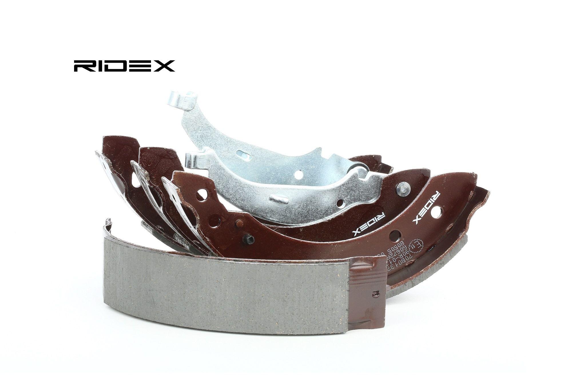 RIDEX: Original Bremsbacken für Trommelbremse 70B0137 (Breite: 38mm)