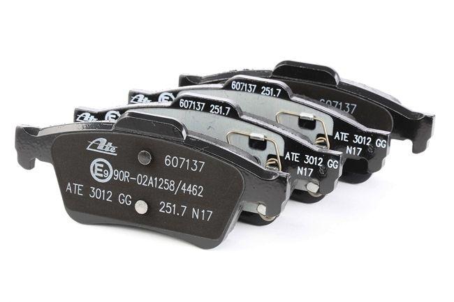607137 ATE nicht für Verschleißwarnanzeiger vorbereitet, exkl. Verschleißwarnkontakt Höhe: 51,9mm, Breite: 123mm, Dicke/Stärke: 15,8mm Bremsbelagsatz, Scheibenbremse 13.0460-7137.2 günstig kaufen
