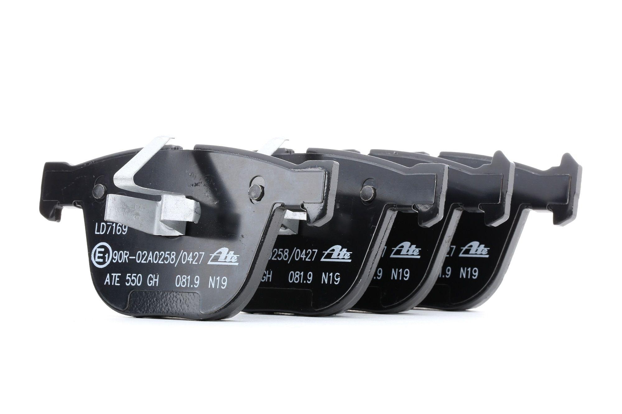 Bremssteine BMW E82 hinten + vorne 2010 - ATE 13.0470-7169.2 (Höhe: 67,8mm, Breite: 139,5mm, Dicke/Stärke: 17,3mm)