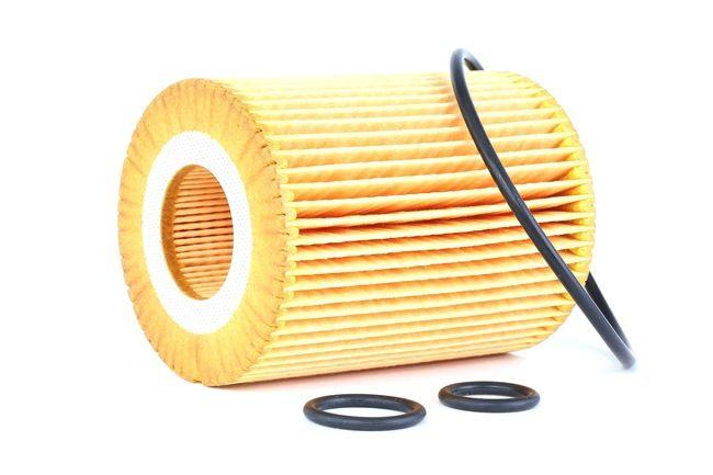 MANN-FILTER: Original Ölfilter HU 820 x (Innendurchmesser 2: 31mm, Ø: 72mm, Höhe: 92mm)