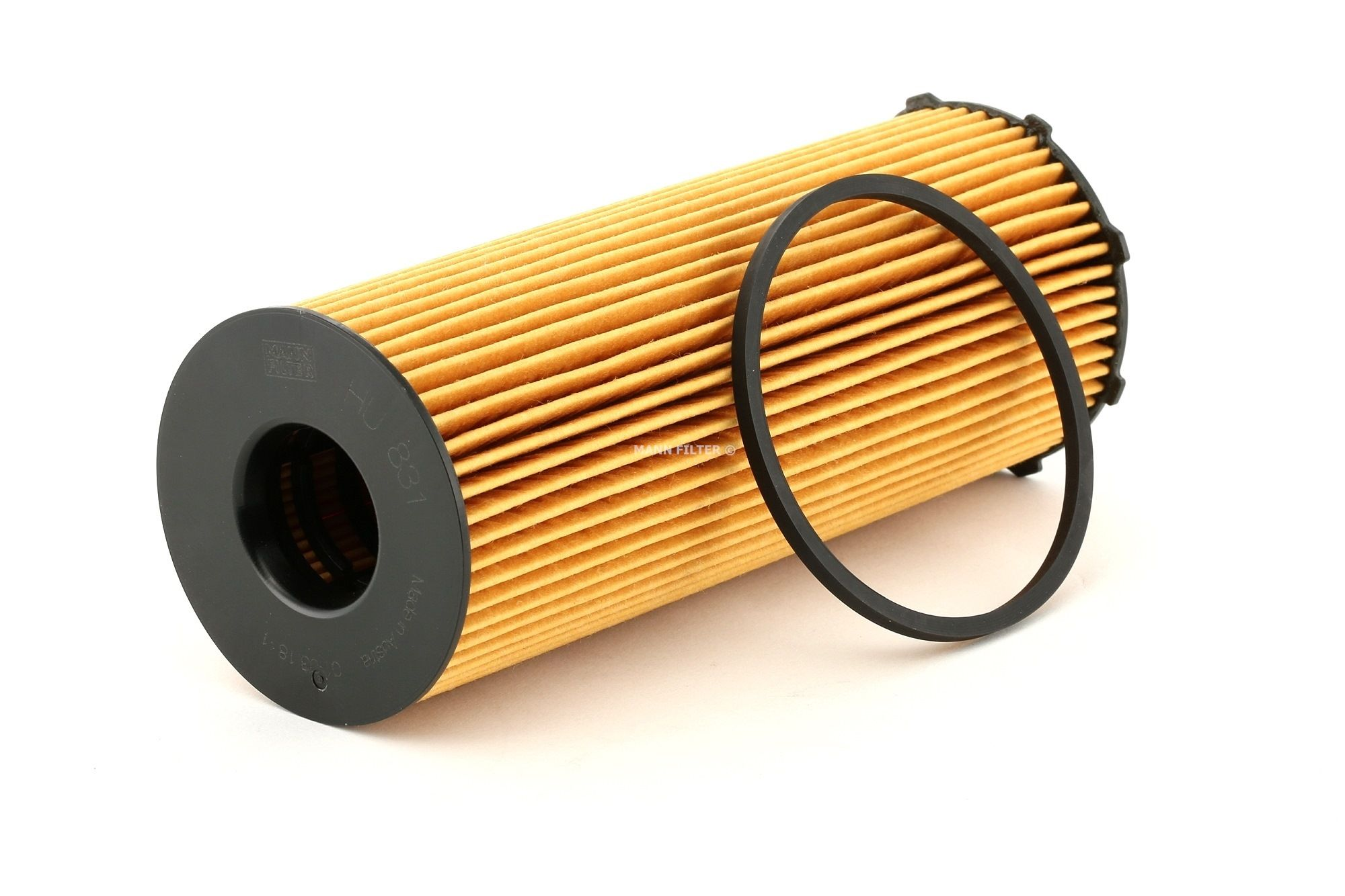 MANN-FILTER: Original Filteranlage HU 831 x (Innendurchmesser: 29mm, Innendurchmesser 2: 29mm, Ø: 72mm, Höhe: 200mm)